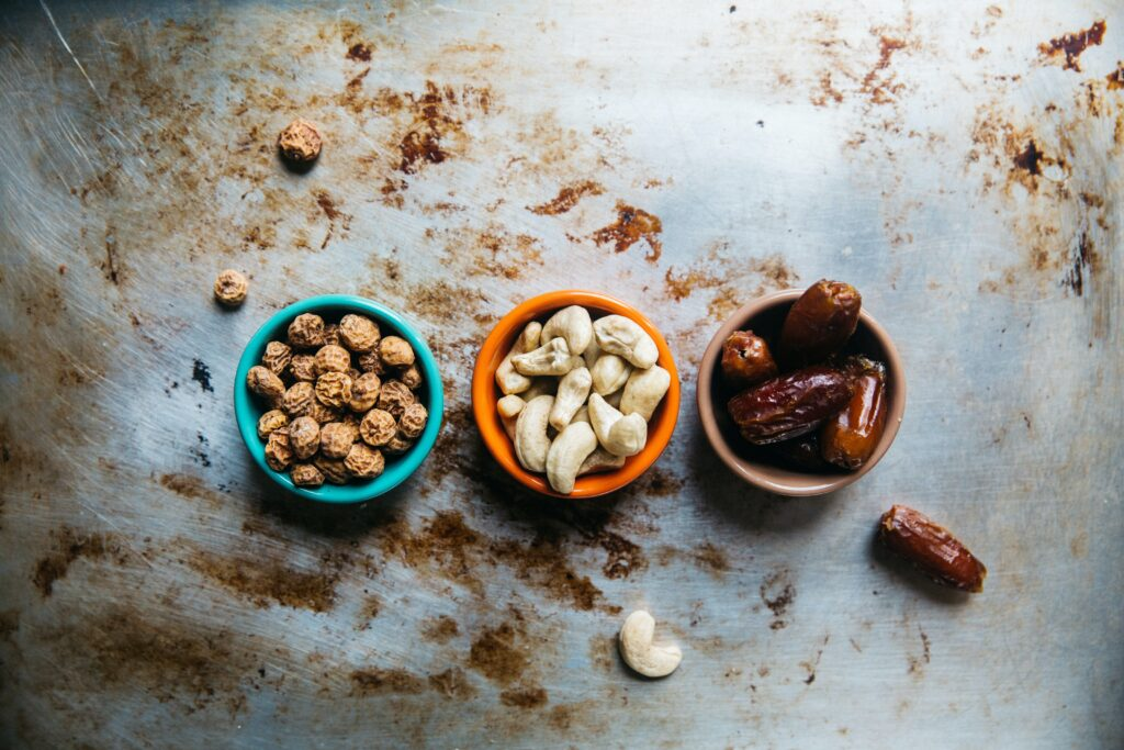 Healthy plant-based protein snacks help maintain energy levels and metabolism